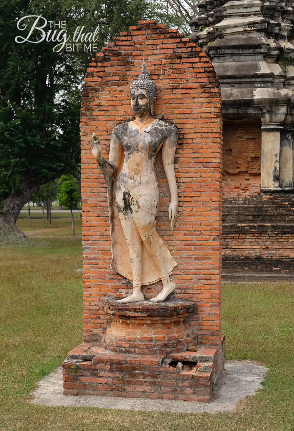 The Ruins of Sukhothai, Thailand - The Bug That Bit Me