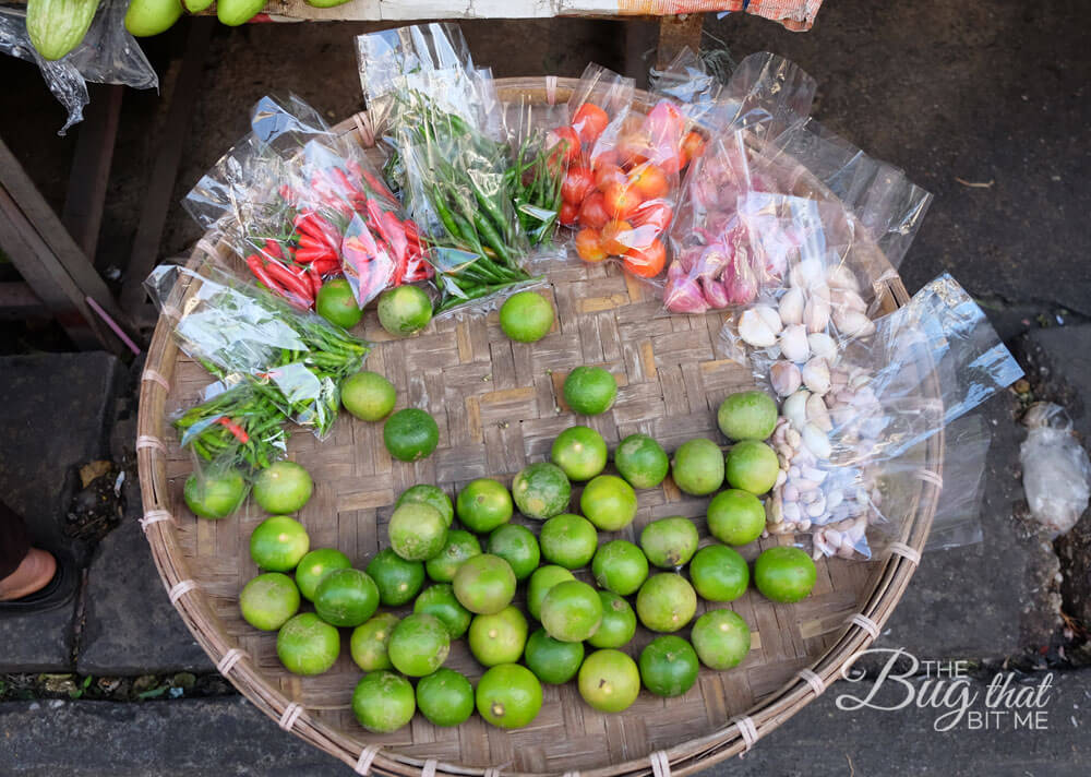 Thai Kitchen cooking class market visit